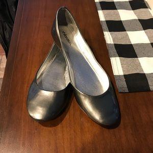 Silver Women's Xhilaration Flats